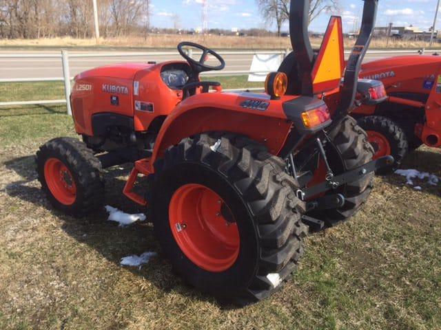 Kubota L2501 Compact Tractor - Lano Equipment, Inc