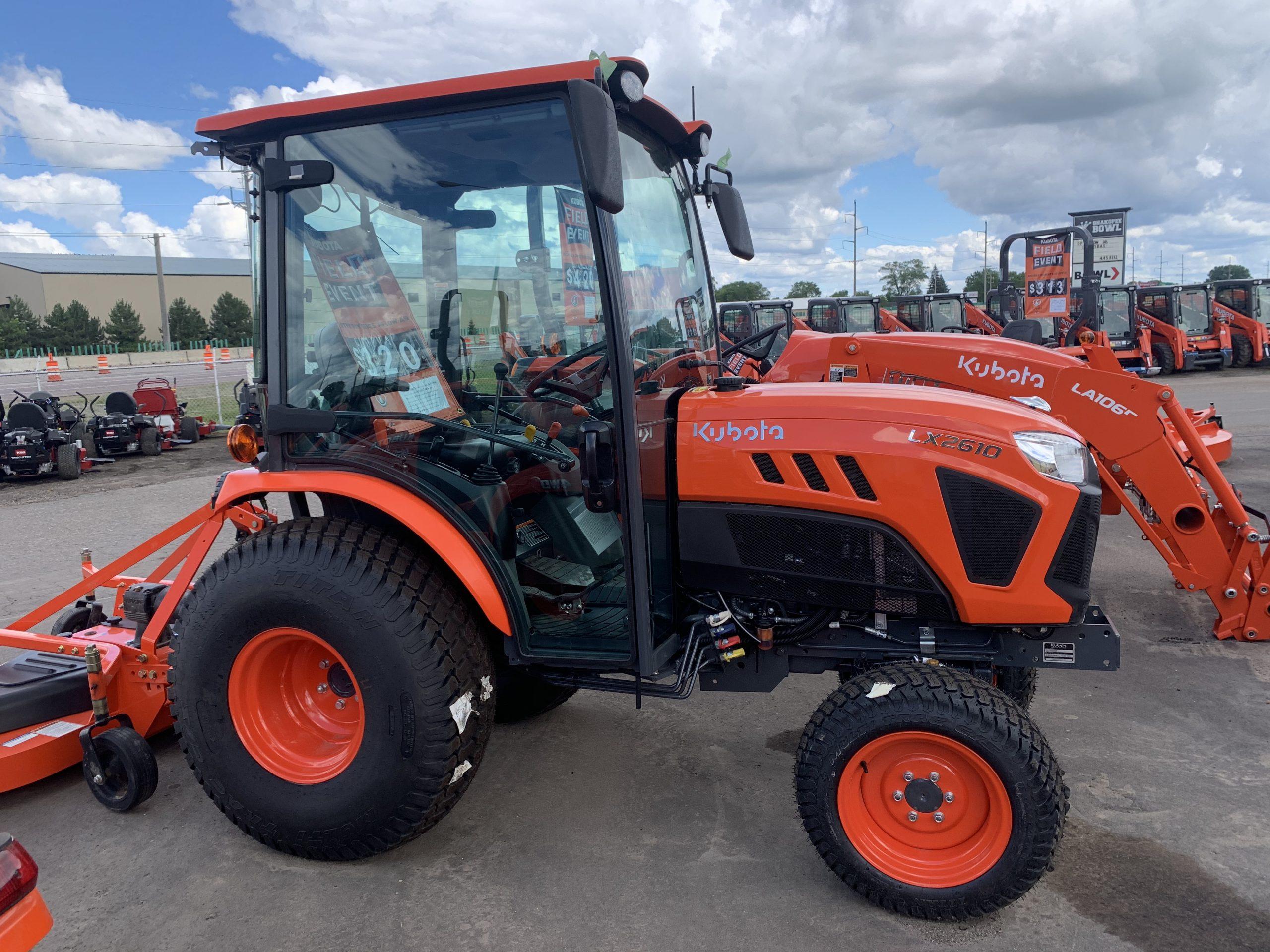 Kubota LX2610 HSDC Compact Tractor - Lano Equipment, Inc.